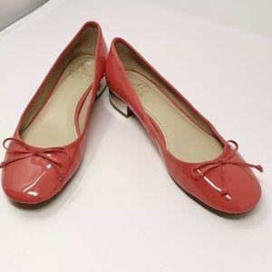 10022 sake fifth avenue coral block heel shoes 8.5